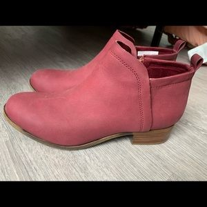 Toms Burgundy Synthetic Leather Deia Booties Sz8.5